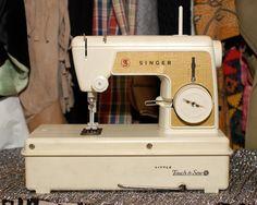 Miniature vintage children's Singer sewing by blueapplevintage