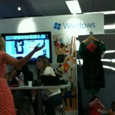 Windowstyle booth in expo hall