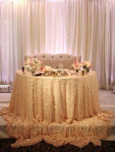 Wedding reception idea; Photo: Adrienne Gunde Photography