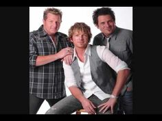 Rascal Flatts - I'll Be Home for Christmas - Official Music Video ...