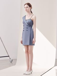 We are crushin' on this adorable, asymmetrical grey dress! Available at Saks, by Three Floor Design. Enjoy RUSHWORLD boards, UNPREDICTABLE WOMEN HAUTE COUTURE, WEDDING GOWN HOUND and UNPREDICTABLE WOMEN HAUTE COUTURE. Follow RUSHWORLD! We're on the hunt for everything you'll love!
