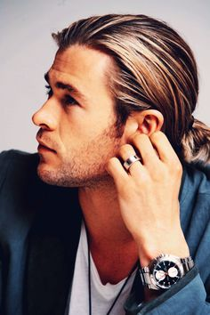 Chris Hemsworth~ he reminds me of a young Brad Pitt~ Gorgeous and talented