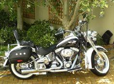 Harley - Davidson Softail Deluxe (FLSTN)