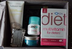 UNBOXING: BEAUTYBOX LOOKFANTASTIC ABRIL 2015