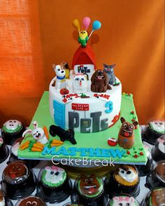 Secret life of pets cake 4th Birthday Parties, 3rd Birthday, Kitten Cake, Party Themes, Party Ideas, Secret Life Of Pets, Puppy Party, Animal Birthday, Novelty Cakes