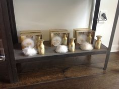 Small dusting silk and pouf in original Shelley Kyle scent, tirimani and Anne belle!