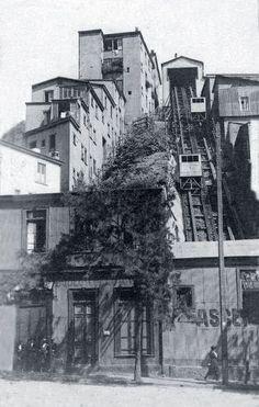 Ascensor del Puerto de Valparaiso en octubre de 1920.