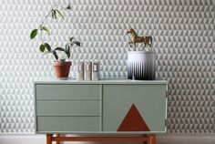 love the sideboard! Upcycled Furniture, Painted Furniture, Furniture Design, Graphic Wallpaper, Interior Decorating, Interior Design, Arne Jacobsen, Scandinavian Interior, Home Bedroom