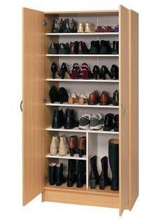 organizar los zapatos en un armario