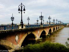 Back to the future : 18 – Le pont de pierres