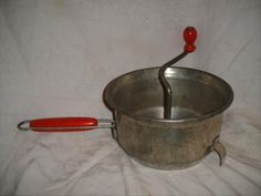 1930s-Red-Handle-Foley-Food-Mill