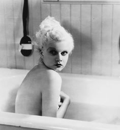 Jean Harlow in Hold Your Man 1933