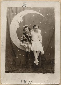 RPPC Cute Young Girls in Unusual Vtg Paper Moon Arcade Photo 1911 | eBay