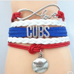 Chicago Cubs bracelet(NWT) Great gift for that #1 Cubs fan. Price firm unless bundled. No trades. Other baseball teams are available Jewelry Bracelets