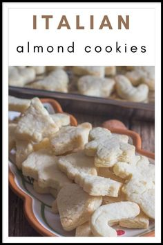 These cookies are a little like a buttery shortbread but with that extra taste of almond! Easy Sugar Cookies, Cut Out Cookies, The Best Monster Cookie Recipe, Italian Almond Cookies, Creative Desserts, Cookie Tray, Recipe For Mom, Chocolate Chip Cookies, Favorite Recipes