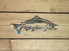 16 inch Salmon Trout Fish Alaska Heat Colored Metal by ThorsForge Fish Artwork, Fish Wall Art, Salmon Drawing, Image Of Fish, Plasma Cutter Art, Stencil Wood, Metal Art Projects, Metal Fish, Fish Drawings