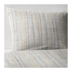 VÅRÄRT Duvet cover and pillowcase(s) Feels crisp and cool against your skin as it's made of cotton percale, densely woven from fine yarn.