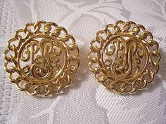 Monet Medallion Disc Clip On Earrings Gold Tone Vintage Curb Link Edge