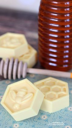 Quick and Easy DIY Milk and Honey Soap - This easy DIY Milk and Honey soap can be made in just 10 minutes, and it boasts lots of great skin benefits from the goat's milk and honey! A wonderful quick and easy homemade gift idea!