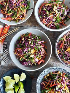 Thai nudelsalat Recipe Boards, Tex Mex, Tapas, Dip, Salmon, Cabbage, Food And Drink, Snacks, Vegetables
