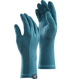 Gothic Glove Lightweight, base layer glove; Ideal as a layering system for additional warmth. A thin wool liner glove that fits closely, the Gothic can also be worn as an outer glove because of wool's ability to remain warm when wet.