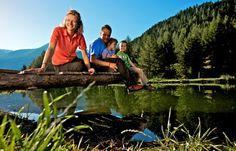 Für die ganze Familie: Mein Almhof Garden Bridge, Outdoor Structures, Environment, Alps, Vacation, Kids