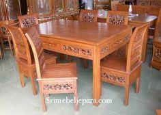 Set Meja makan minimalis asli dari jepara. dengan diproduksi oleh tenaga yang handal sehingga menghasilkan produk yang berkulitas ..