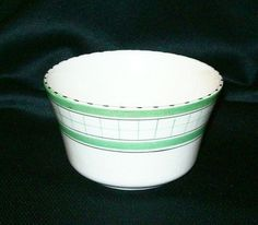 "Vintage British Anchor Cottage Green Pattern Pottery Sugar Bowl (10/11/2013) Height : 2.5"" (6.5cm), Diameter : 4.25"" (10.5cm)"