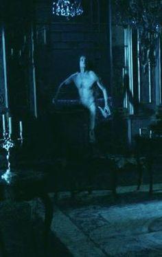 A naked Jamie - Outlander Outlander Season 2, Outlander Book Series, Outlander 3, Outlander Casting, Sam Heughan Outlander, Starz Series, Claire Fraser, Jamie Fraser, Sam Heugan