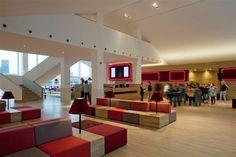 Koningin Beatrix opent vernieuwd LantarenVenster   bioscoop, filmhuis, arthouse. Rotterdam.