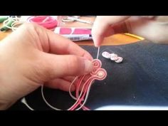 tutorial soutache semplice - YouTube Beading Tutorials, Craft Tutorials, Beading Patterns, Jewelry Patterns, Shibori, Soutache Tutorial, How To Make Headbands, Ribbon Art, Soutache Earrings