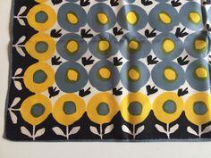 Vintage Vera Neumann Mod Flower Scarf by SabineVintageHome on Etsy