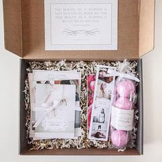 Boudoir photography welcome packet with bath bombs