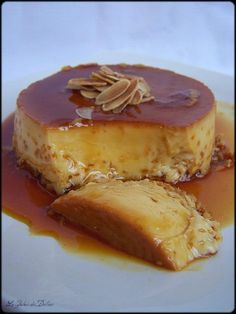 Recette de flan au caramel express avec lait concentré French Desserts, No Cook Desserts, Just Desserts, Delicious Desserts, Dessert Recipes, Yummy Food, Mousse, Creme Dessert, Cocktail Desserts