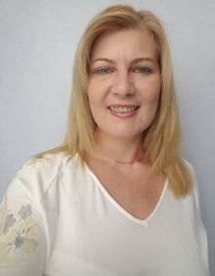 Rich White Sugar Mummy Available Now - A nice looking and rich Sugar Mummy in London is available to date again now. She have had bad experiences. Real Men Quotes, Strong Women Quotes, Woman Quotes, Historical Women, Historical Quotes, Good Vibe Songs, Whatsapp Profile Picture, Dating Older Women, Girl Number For Friendship