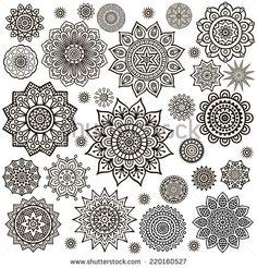 Mandala. Round Ornament Pattern. Vintage decorative elements. Hand drawn background. Islam, Arabic, Indian, ottoman motifs.