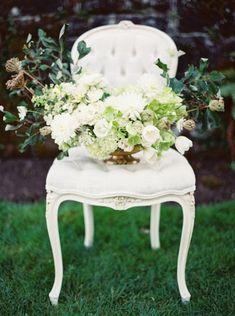 Classic elegant wedding ideas ~  Joy De Vivre and Erich McVey Photography via @Judith de Munck Clark Sparrow - wedding blog