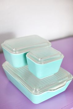 vintage turquoise Pyrex refrigerator dishes