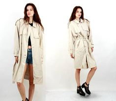 Vintage 80s Trench Coat / Beige Trench Coat / Classic Trench