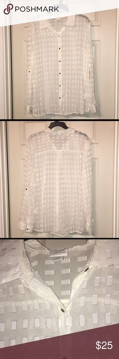 Jaclyn Smith collections Brand new with tags this dress shirt is gorgeous you can wear the sleeves rolled up or down Jaclyn Smith Tops Blouses