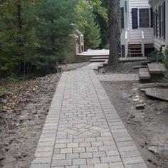 Walkway paver patter
