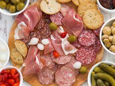 10x10 Kitchen, Prosciutto, Pepperoni, Food Network Recipes, Sausage, Good Food, Kitchen Cabinets, Party Ideas, Italy