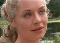 Susannah York as Sophie in 'Tom Jones', Battle Of Britain Movie, Vintage Pictures, Cool Pictures, Susannah York, Foreign Movies, English Actresses, Iconic Women, Classic Beauty, Great Movies