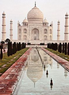 Taj Mahal - one of the 7 Wonders of the World. Must see..