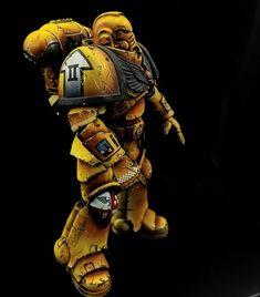 Imperial Fist, Warhammer 40k Miniatures, The Grim, Warhammer 40000, Space Marine, Alien Logo, Marines, Board Games, Action Figures