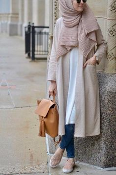 SoSab - Modest Fashion: Style advice and modest fashion - hijab fashion Hijab Casual, Hijab Style, Hijab Chic, Simple Hijab, Islamic Fashion, Muslim Fashion, Modest Fashion, Fashion Outfits, Modest Wear
