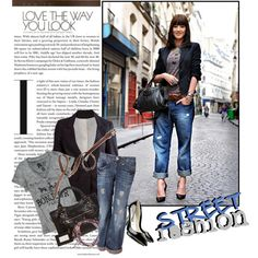 Boyfriend jeans, graphic tee, blazer and heels. Chic and easy weekend outfit.