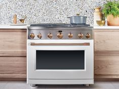 JRL Interiors — New Kitchen and Bath Trends for 2019 Matte white (or black) appliances from Cafe Appliance by GE , available at Best Buy Kitchen And Bath, New Kitchen, Kitchen Decor, Updated Kitchen, Modern Farmhouse Kitchens, Black Kitchens, Kitchen Black, French Kitchen, White Appliances