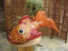 bubble fish sculpture mosaic by mosaiktoone