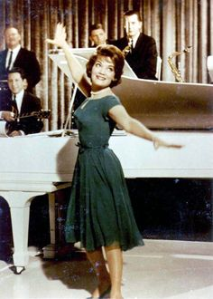 Connie in green Don Loper dress